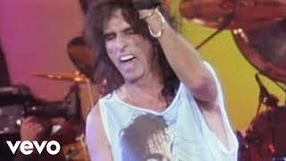 Watch Alice Cooper Spark In The Dark video