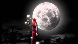 Watch Heavenwood Moonlight Girl video