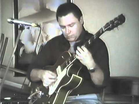Danny Gatton Plays Besame Mucho.wmv