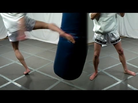 Low Kick Heavy Bag Training (Kwonkicker)