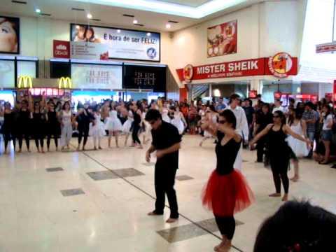 Flashmob Carmina Burana - Caóticos (Regincana 2011)