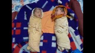 Download Twin babies - Laughing Talking Crying Sleeping 3Gp Mp4