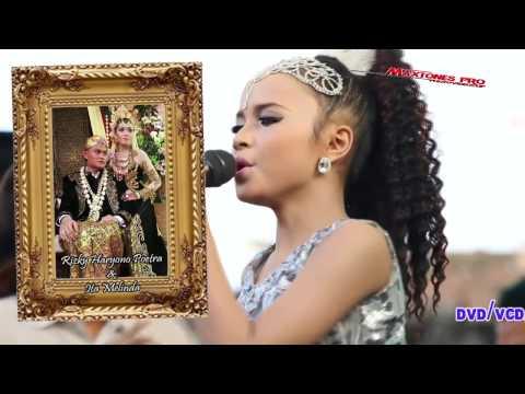Download  WOW TASYA ROSMALA BUMIPUN TURUT MENANGIS NEW PALLAPA LIVE GRESIK Gratis, download lagu terbaru