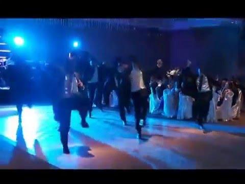Ex-Alumnos del Ballet Folklorico de Reynosa bailan El Paso de la Tortuga en Boda