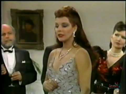 LA DUEÑA - AMANDA GUTIERREZ - EN LA REUNION - (Telenovela venezolana 1984)