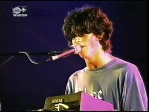 Gorky's Zygotic Mynci Patio Song live T in the Park Festival 1997
