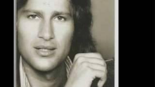 Clip musique de Mike Brant - Chanson Laisse-moi t'aimer