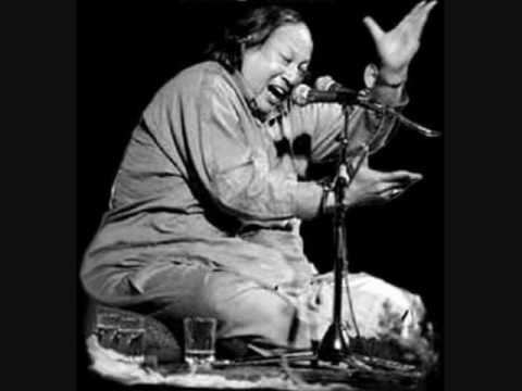 Tumhe Dillagi Vhul By Nusrat Fateh Ali Khan video