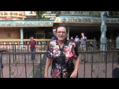 Tour Kuala Lumpur, Malaysia – city of many cultures and religions