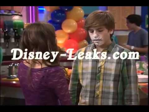 Suite Life on Deck Maya And Zack Kiss The Suite Life on Deck Maya