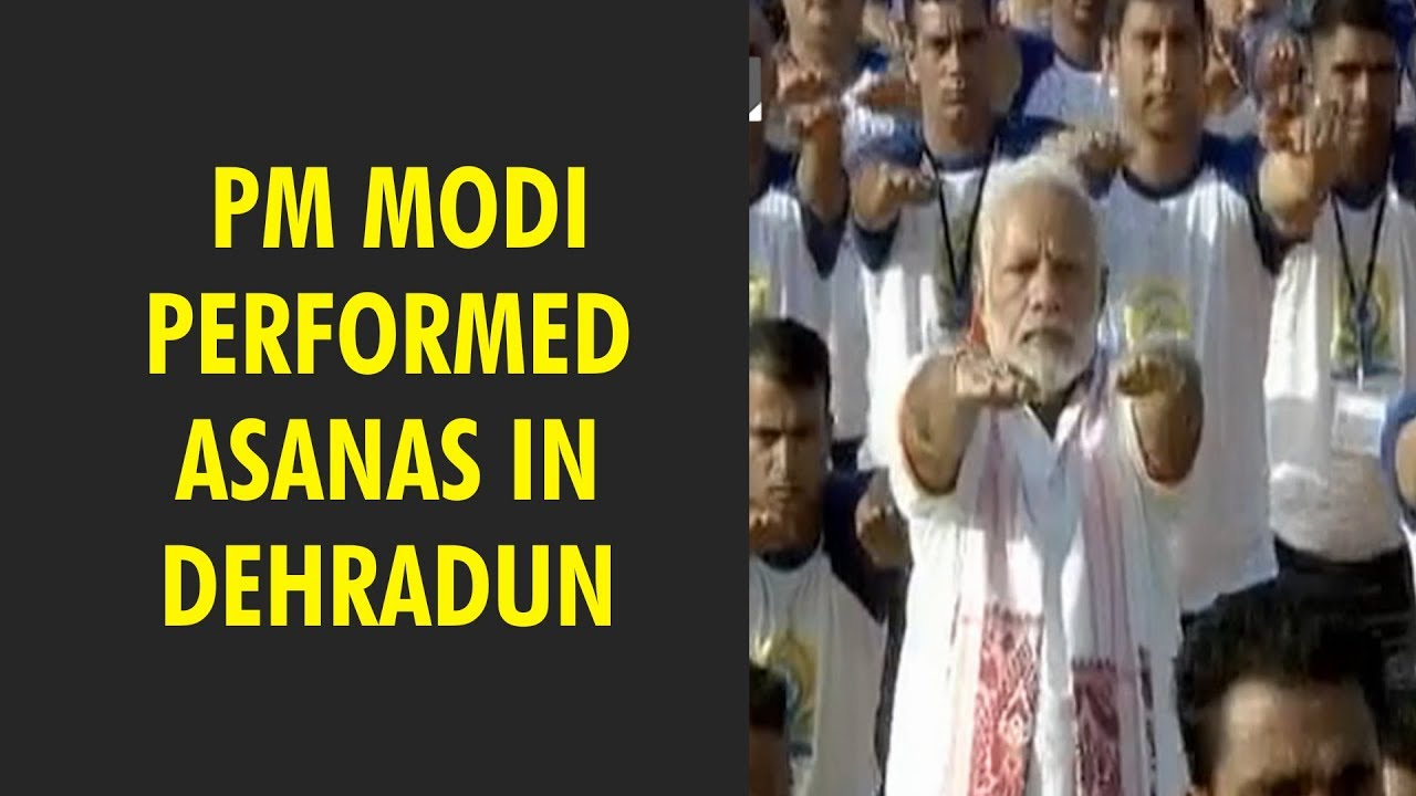 PM Modi performed asanas in Dehradun with 50,000 Volunteers