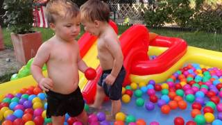 Playground  wather Kids Pool Fun Balls - swimming pool with balls and slide