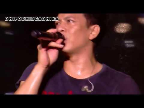 download lagu ARIEL Noah Menangis Saat Bawakan Lagu ~ gratis