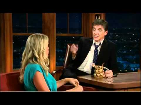 Busy Philipps on Late Late show (22.04.2010)