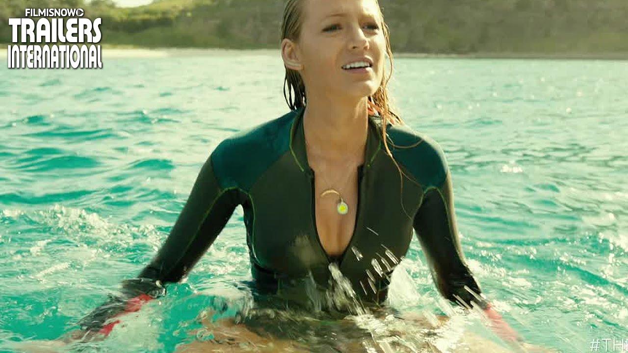 Blake Lively no filme de terror Águas Rasas