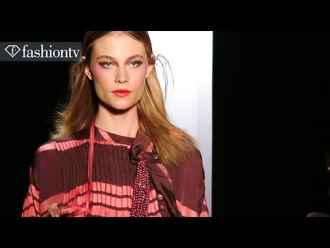 Juliana Jabour Spring 2013 Collection Shines in Sao Paulo | FashionTV