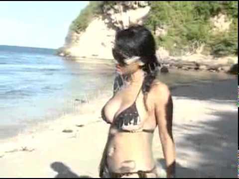 julia perez telanjang dada telanjang bulat indonesia telanjang