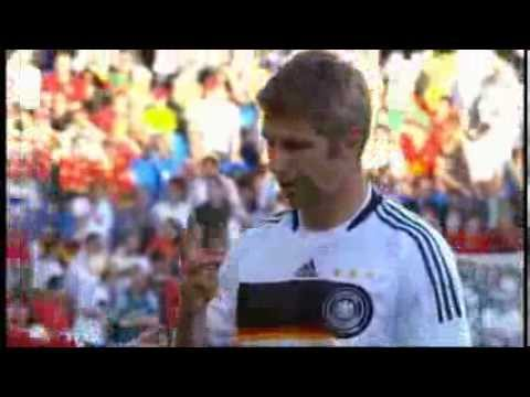 Thomas Hitzlsperger comes out as gay - BBC News