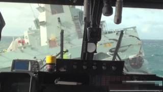 කුණාටුවක් මැද හෙලිකොප්ටරයක් නැවකට ගොඩබස්සන අයුරු !! Lynx helicopter landing on ship in rough sea