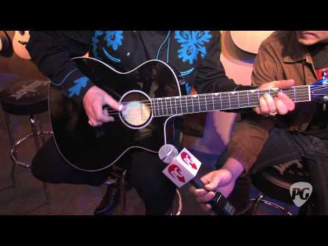 NAMM '11 - Taylor Guitars Doyle Dykes Deluxe Demo&Bob Taylor's New Book