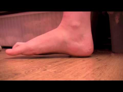 TIPS: How to get en pointe exercises strengthen feet ankles toes ready for pointe work en pointe