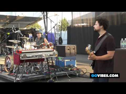 "John Butler Trio Performs ""Pickapart"" at Gathering of the Vibes 2011"