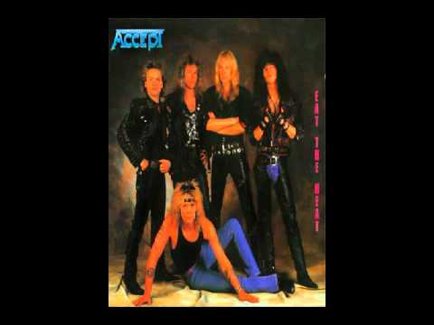 Accept - Stand Tight (4:10)