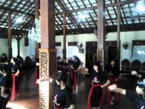 Tari Merak Subal By Sanggar Seni Suryo Ndadari video
