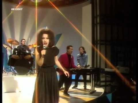Matia Bazar - Ti sento (1986) HD 0815007