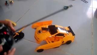 Khui 2 bộ xe và robot điều khiển