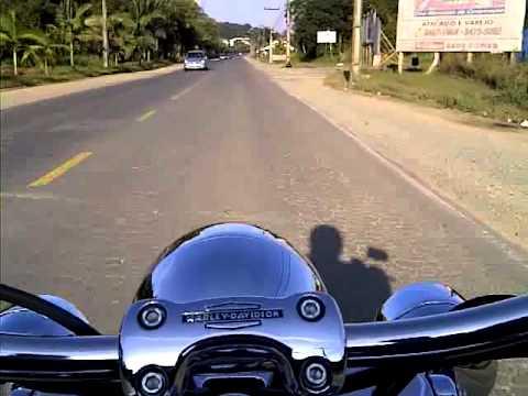 Rodando com a Harley !