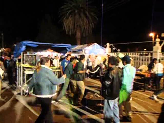 Pelea Fiesta San Bartolo.wmv