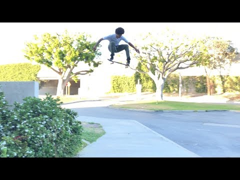 DARRIUS HUTTON Vs HUGE GAP AND MUCH MORE !!!   NKA VIDS