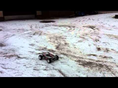 Kyosho Rage ve radio controled car brushless lipo in snow finland