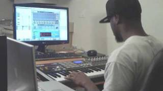 Beat Making Video - Traumah MURDERS A Beat In Reason 4.0