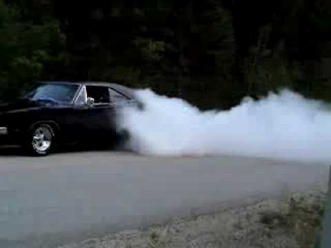 1969 Dodge Charger R T Burnout Youtube