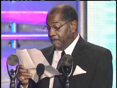 Johnnie Johnson and James Burton accept award Rock and Roll Hall of Fame Inductions 2001