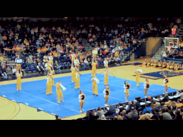 University of Toledo Cheerleaders Halftime Routine. HD 1080p
