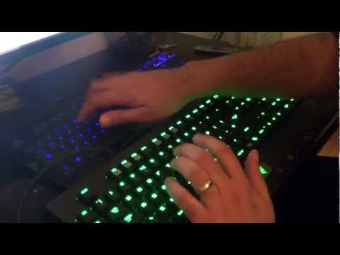 Razer BlackWidow Ultimate 2013  Mechanical  Keyboard Unboxing