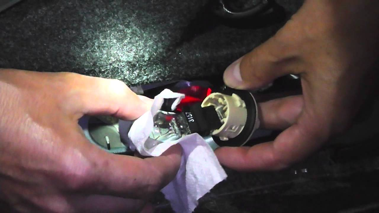 How To Change Brake Light Bulb In Toyota Solara 2005