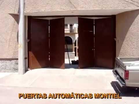 Puerta automática plegadiza de 4 hojas con pistones de alta seguridad