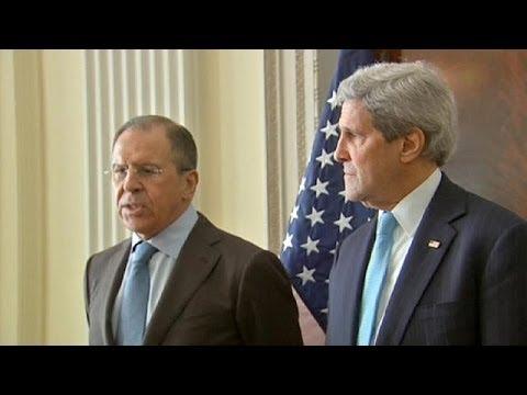 Ucrânia: John Kerry e Sergei Lavrov em