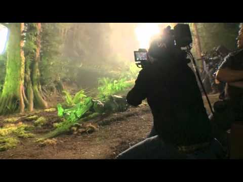 Halo 4: Forward Unto Dawn - Master Chief stunts