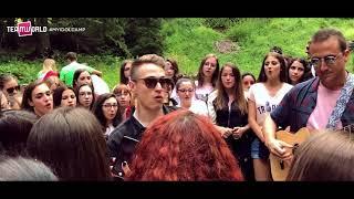 "Irama ""Che ne sai"" live @ My Idol Camp 2018 | Team World Summer Camp"