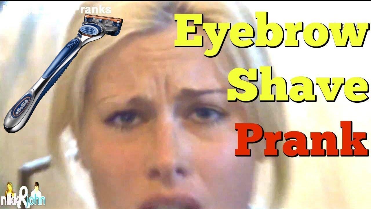 GALLERY  Waxing Eyebro...