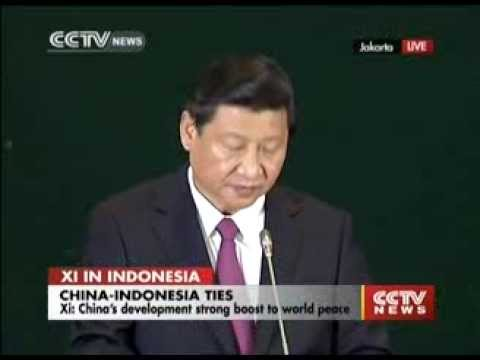 President Xi Jinping delivers speech at Indonesia parliament