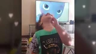 مواقف طريفة ومضحكه لأطفال ...Funny kids video