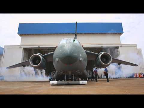 ROLLOUT EMBRAER KC-390