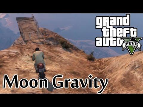★ GTA 5 - Moon Gravity BMX Jump Off Mountain!