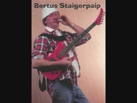 Bertus Staigerpaip - Zuipen in Spanje